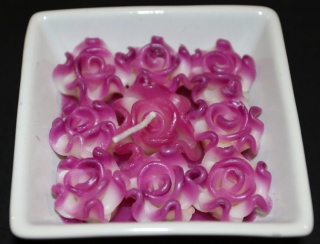 Purple Roses Candle